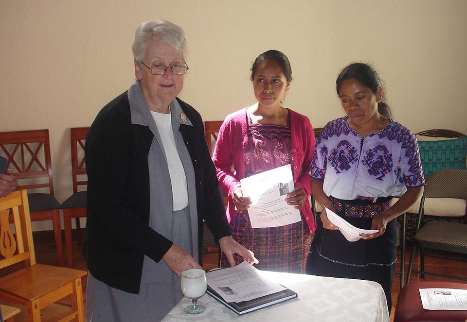 Sr-Nora-with-Postulants