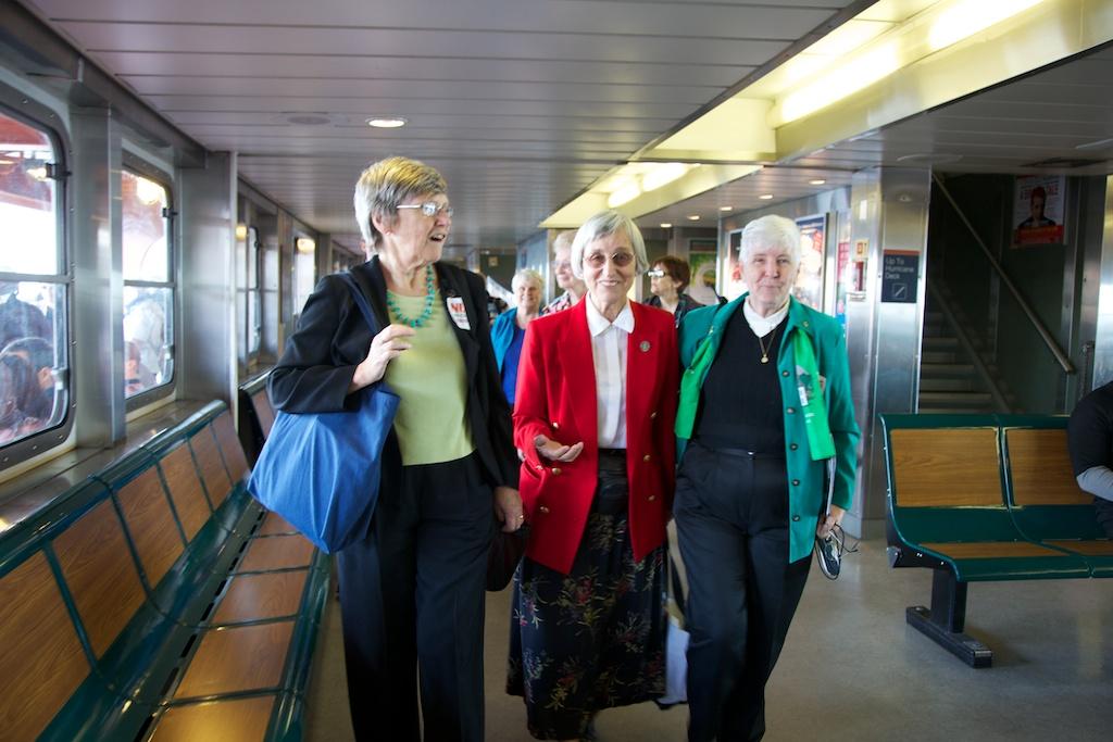Nuns-on-the-Ferry-42